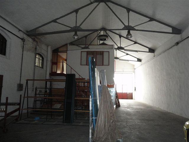 Capannone in vendita a Ferrara, 9999 locali, zona Località: Barco-Pontelagoscuro, prezzo € 190.000 | Cambio Casa.it