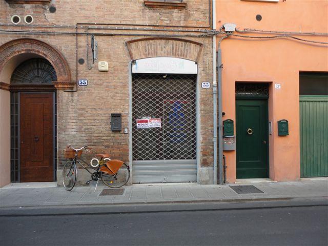 Negozio / Locale in vendita a Ferrara, 9999 locali, zona Località: Centrostorico, prezzo € 38.000   Cambio Casa.it
