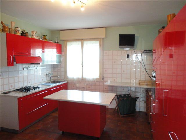 Soluzione Indipendente in vendita a Ostellato, 8 locali, zona Località: Medelana, prezzo € 130.000 | Cambio Casa.it