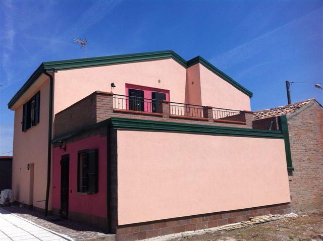 Soluzione Indipendente in vendita a Ostellato, 4 locali, zona Località: Medelana, prezzo € 270.000 | Cambio Casa.it