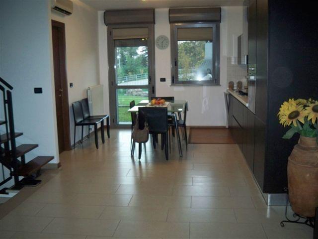 Casa indipendente in vendita a Ferrara in Via Tambellina