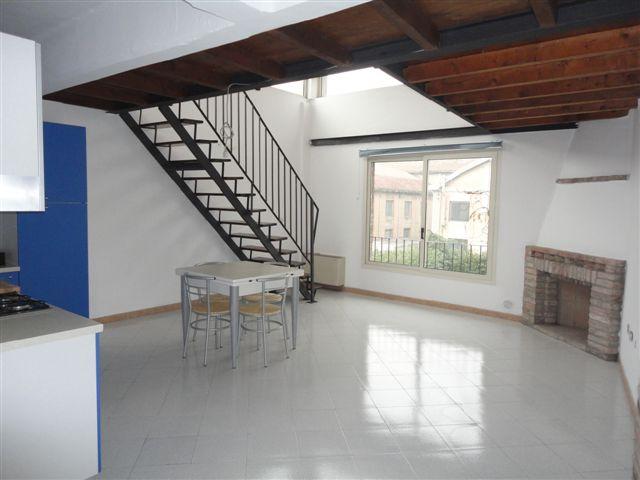 Ufficio / Studio in vendita a Ferrara, 9999 locali, zona Località: Barco-Pontelagoscuro, prezzo € 90.000 | Cambio Casa.it