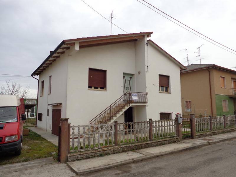Soluzione Indipendente in vendita a Finale Emilia, 3 locali, prezzo € 130.000 | Cambio Casa.it