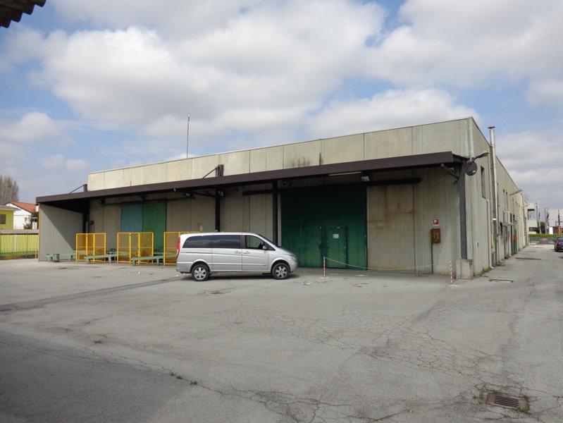 Capannone in vendita a Rovigo, 9999 locali, zona Zona: Borsea, prezzo € 504.000 | Cambio Casa.it