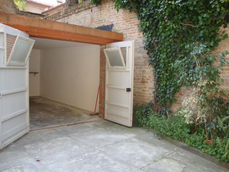 Box / Garage in Affitto a Ferrara