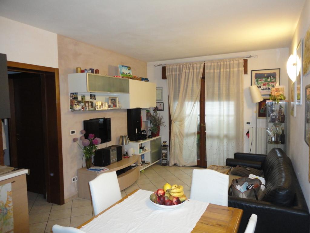 Appartamento in vendita a Ferrara, 3 locali, zona Zona: Porotto-Cassana, prezzo € 95.000 | Cambio Casa.it