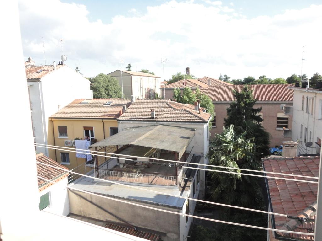 Bilocale Ferrara Via Cantarana 9