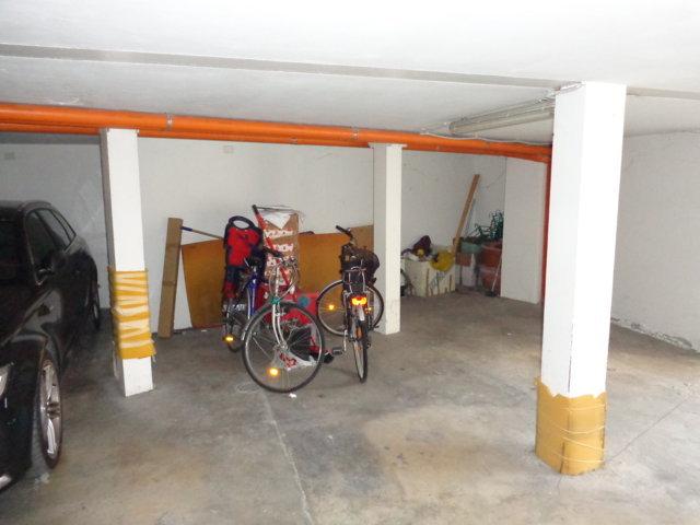 Box / Garage in vendita a Ferrara, 1 locali, zona Località: Centrostorico, prezzo € 30.000 | Cambio Casa.it