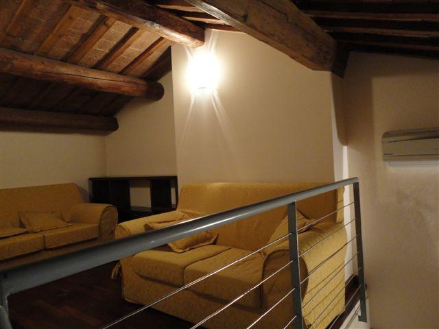 Bilocale Ferrara Via Porta San Pietro 10