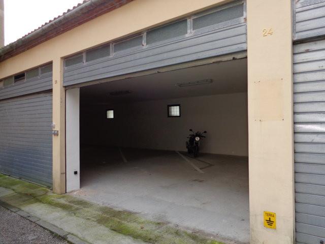Box / Garage in vendita a Ferrara, 1 locali, zona Località: Centrostorico, prezzo € 15.000 | Cambio Casa.it