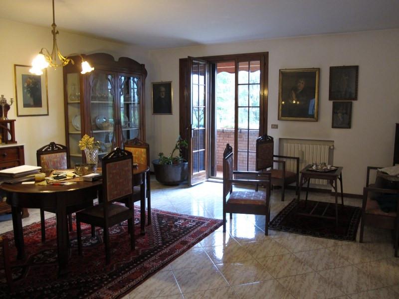 Soluzione Indipendente in vendita a Ferrara, 6 locali, zona Località: FuoriMura-ZonaEst, prezzo € 395.000   Cambio Casa.it