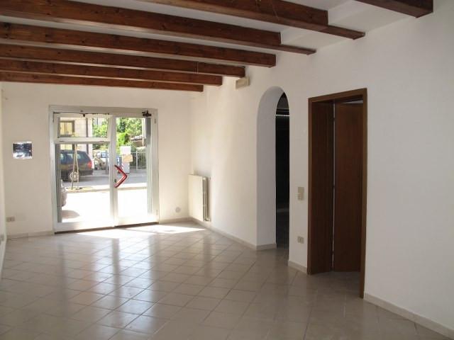Negozio / Locale in vendita a Masi Torello, 9999 locali, prezzo € 58.000 | Cambio Casa.it