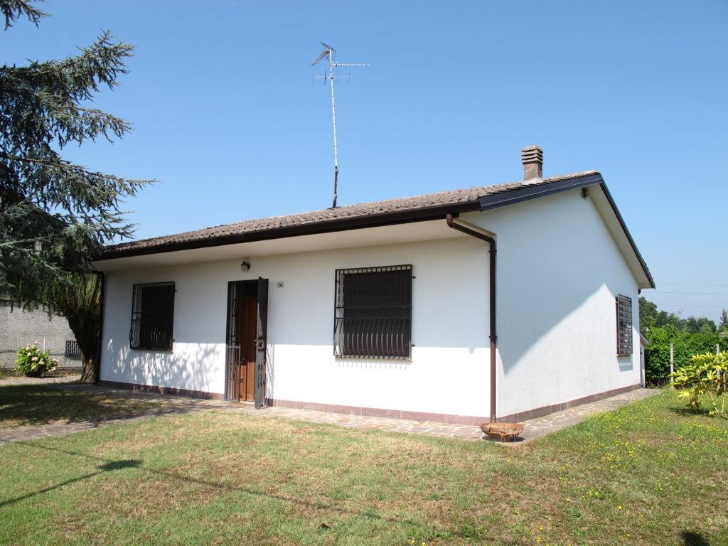 Soluzione Indipendente in vendita a Ro, 4 locali, prezzo € 160.000 | Cambio Casa.it