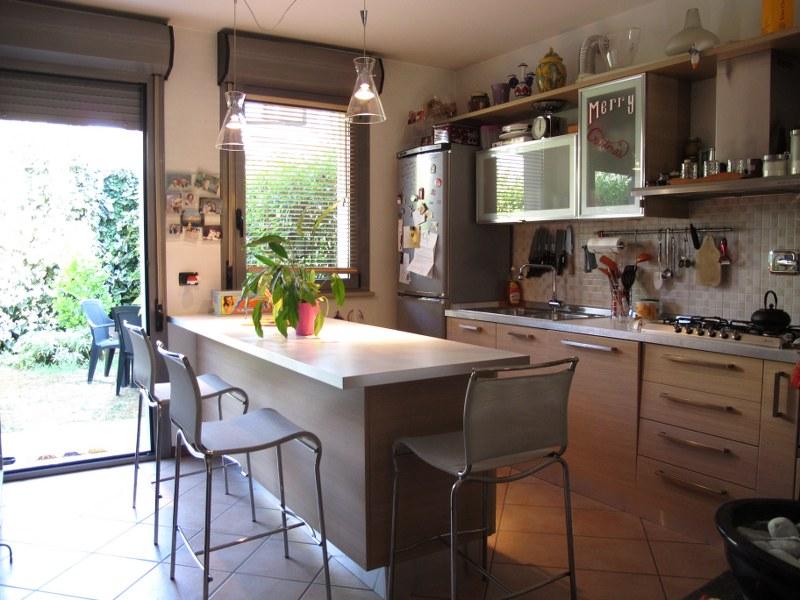 Soluzione Indipendente in vendita a Ferrara, 4 locali, zona Zona: Cona, prezzo € 175.000   Cambio Casa.it