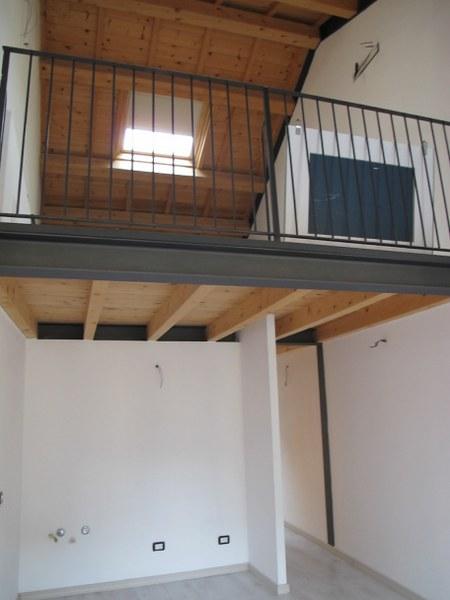 Soluzione Indipendente in vendita a Ferrara, 4 locali, zona Località: Centrostorico, prezzo € 335.000 | Cambio Casa.it