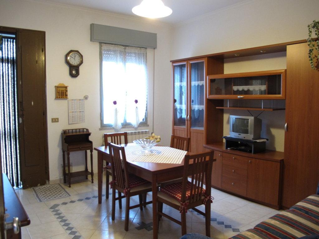 Soluzione Indipendente in vendita a Masi Torello, 5 locali, zona Località: MasiSanGiacomo, prezzo € 85.000 | CambioCasa.it