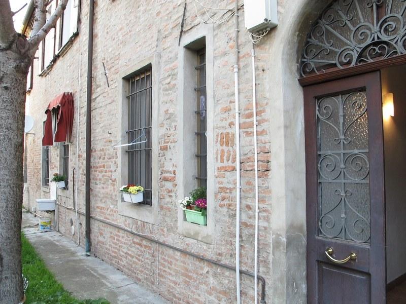 Bilocale Ferrara Via Otello Putinati 10