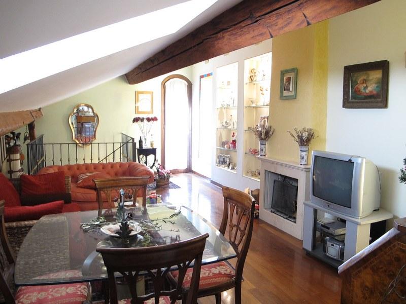 Appartamento in vendita a Ferrara, 3 locali, zona Località: Centrostorico, prezzo € 280.000   Cambio Casa.it