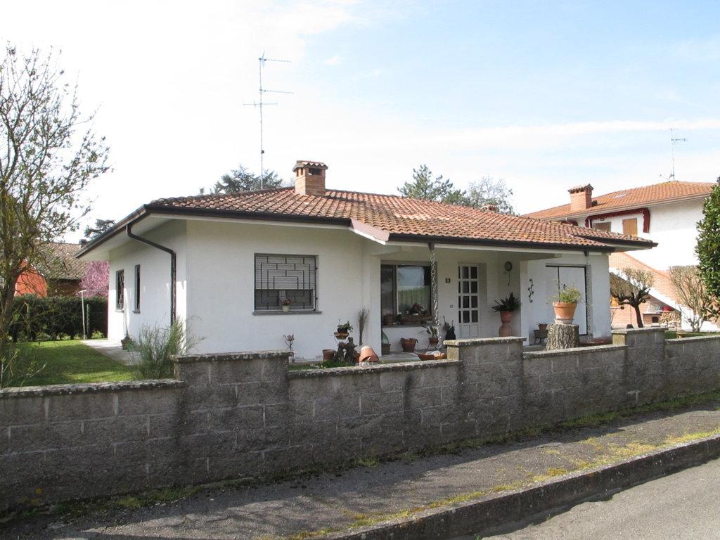 Soluzione Indipendente in vendita a Ostellato, 5 locali, zona Località: Rovereto, prezzo € 155.000 | Cambio Casa.it