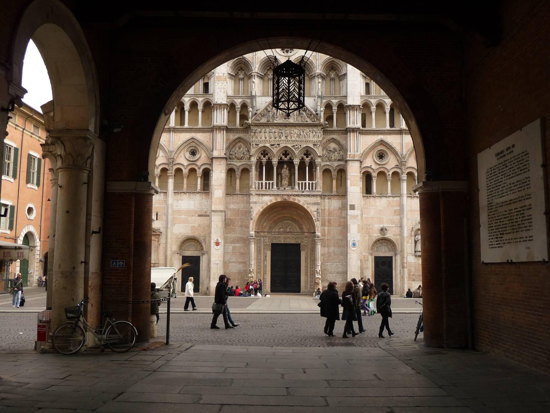 Bilocale Ferrara Via Del Turco 6