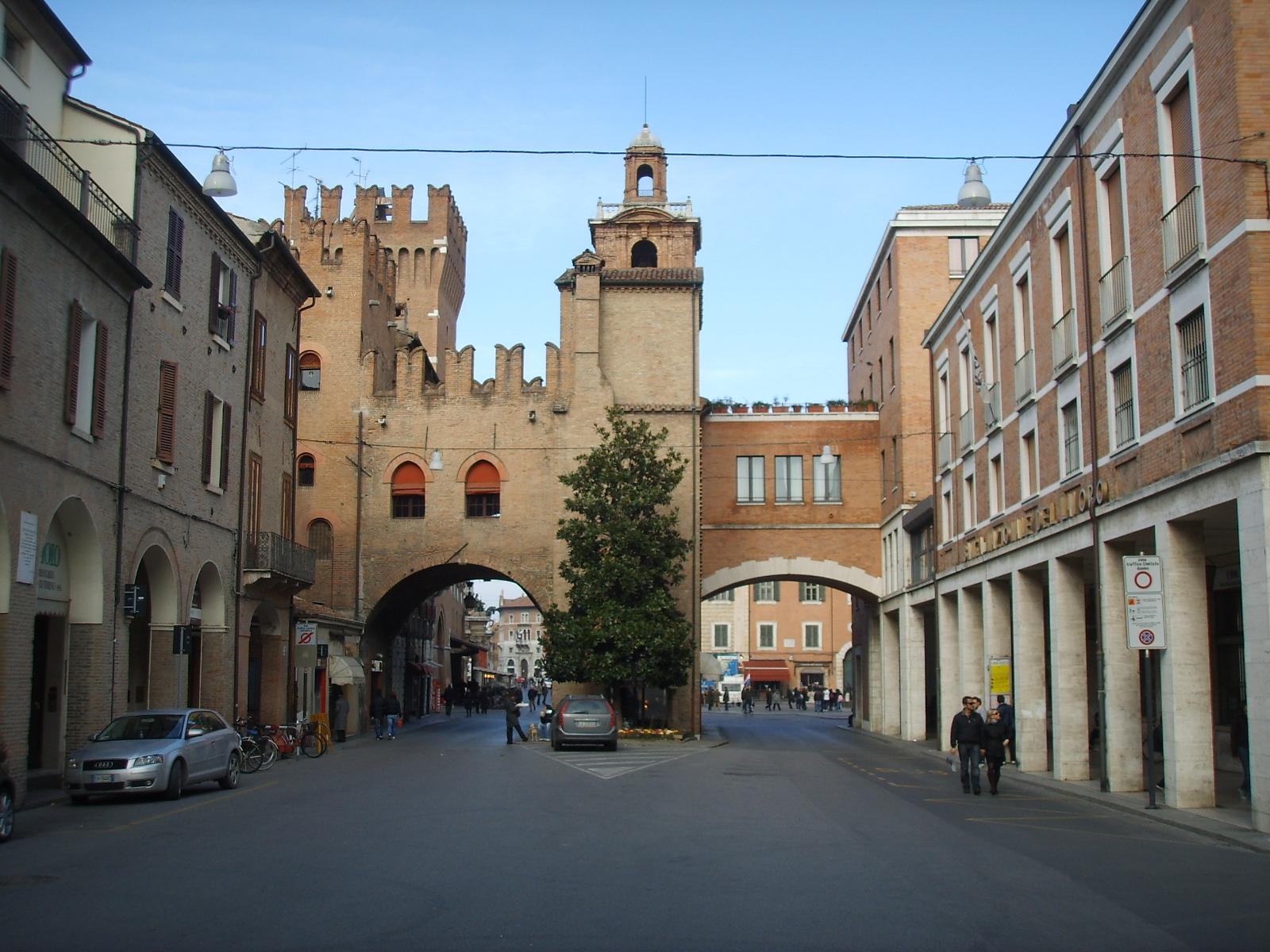 Bilocale Ferrara Via Del Turco 8