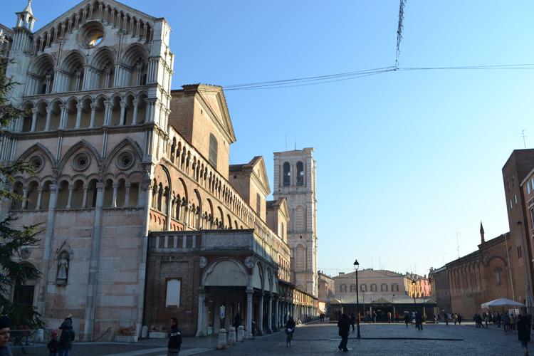 Bilocale Ferrara Via Del Turco 9