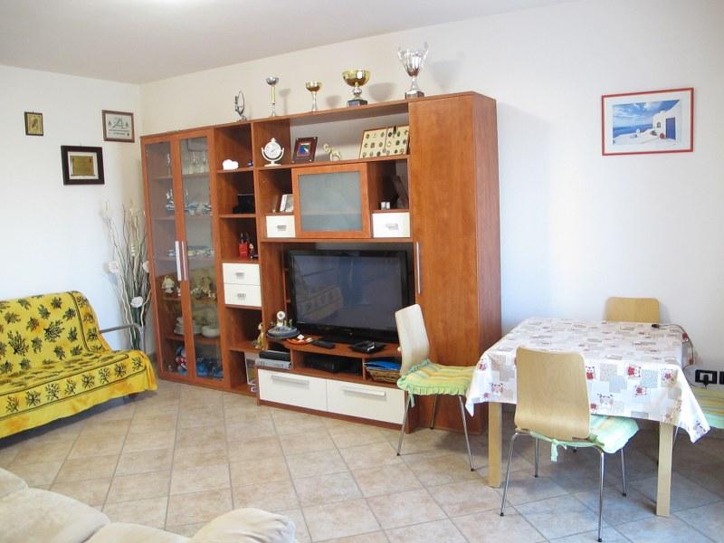 Appartamento in vendita a Bondeno, 3 locali, prezzo € 130.000 | Cambio Casa.it