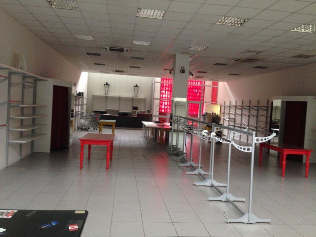 Negozio / Locale in affitto a Ferrara, 9999 locali, zona Località: FuoriMura-ZonaNord-Ovest, prezzo € 750.000 | Cambio Casa.it