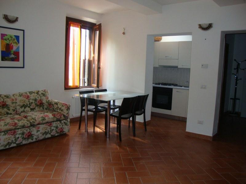 Appartamento in affitto a Voghiera, 2 locali, zona Zona: Ducentola, prezzo € 350 | Cambio Casa.it