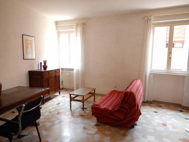 Appartamento in affitto a Ferrara, 3 locali, zona Località: Centrostorico, prezzo € 600 | Cambio Casa.it