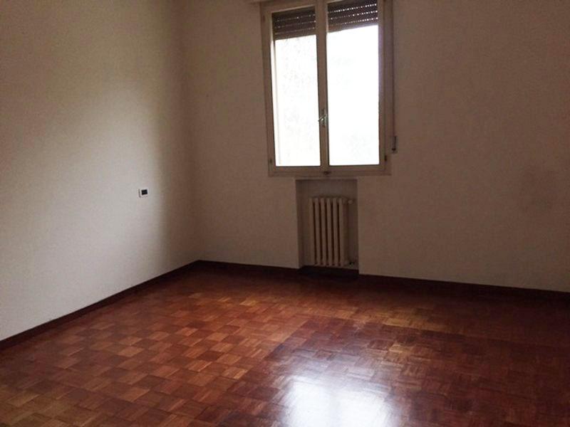 Appartamento in affitto a Ferrara, 4 locali, zona Zona: Quacchio, prezzo € 550 | Cambio Casa.it