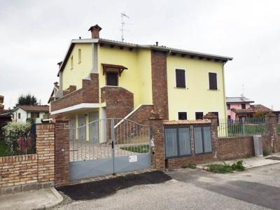 Casa / Villa / Villetta in Vendita<br />Vigarano Mainarda