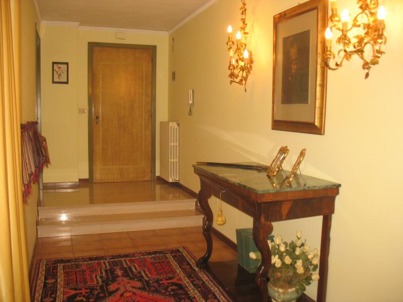 Appartamento in vendita a Spoltore, 6 locali, zona Località: CENTRO, prezzo € 235.000 | Cambio Casa.it