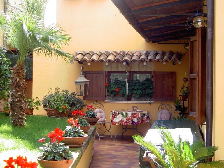 Soluzione Indipendente in vendita a Spoltore, 5 locali, zona Località: CENTRO, prezzo € 185.000 | Cambio Casa.it
