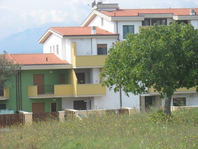 Appartamento in vendita a Cepagatti, 2 locali, prezzo € 107.000   Cambio Casa.it