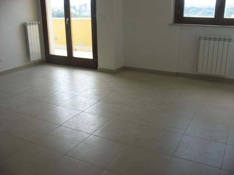 Appartamento in vendita a Cepagatti, 4 locali, prezzo € 140.000 | Cambio Casa.it
