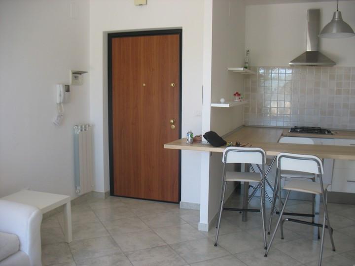 Appartamento in vendita a Spoltore, 2 locali, zona Località: CENTRO, prezzo € 90.000 | Cambio Casa.it