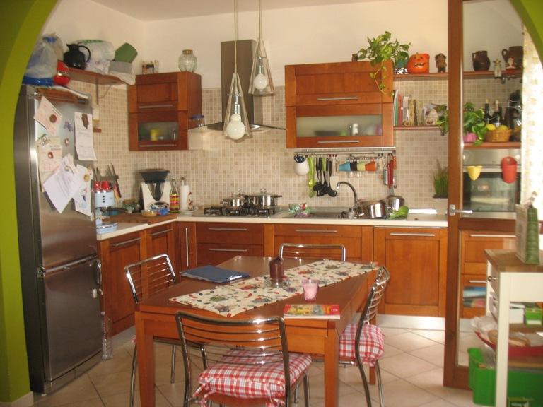 Appartamento in vendita a Spoltore, 4 locali, zona Località: S.aTeresa, prezzo € 145.000 | Cambio Casa.it