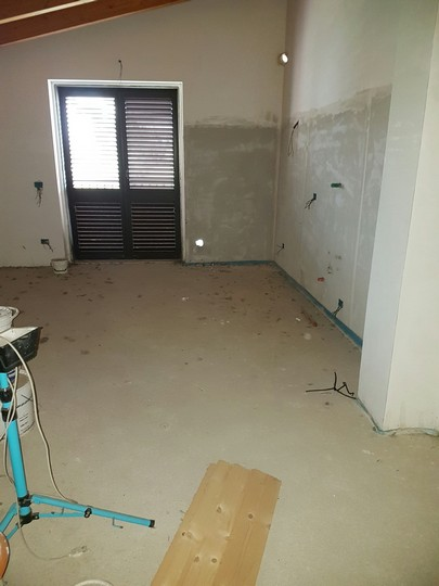 Appartamento in vendita a Spoltore, 3 locali, zona Località: VillaRaspa, prezzo € 100.000 | Cambio Casa.it