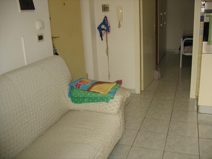 Appartamento in vendita a Spoltore, 2 locali, zona Località: VillaRaspa, prezzo € 69.000 | Cambio Casa.it