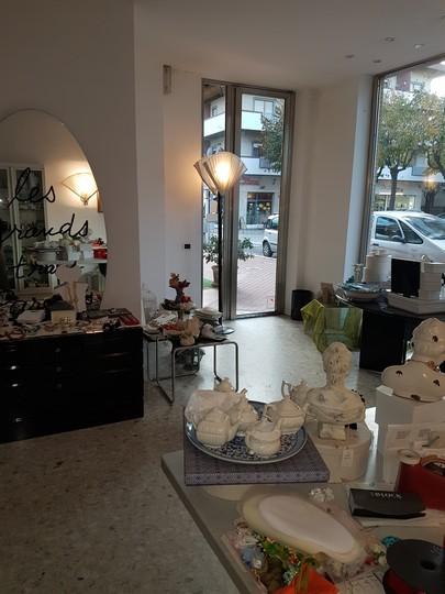 Negozio / Locale in affitto a Francavilla al Mare, 9999 locali, zona Località: lungomareAlcione, prezzo € 450 | Cambio Casa.it