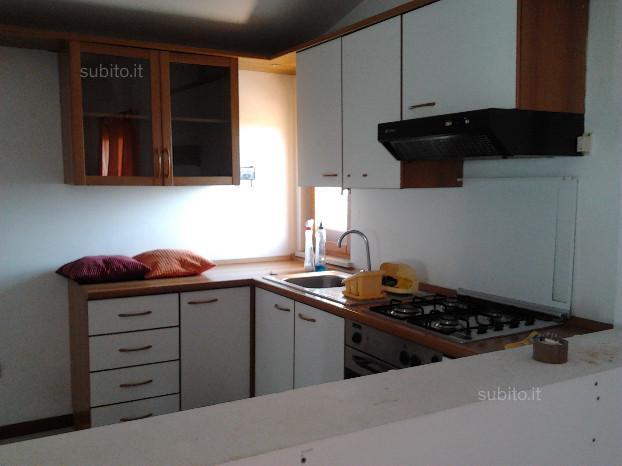 Attico / Mansarda in affitto a Spoltore, 3 locali, zona Località: CENTRO, prezzo € 350 | Cambio Casa.it