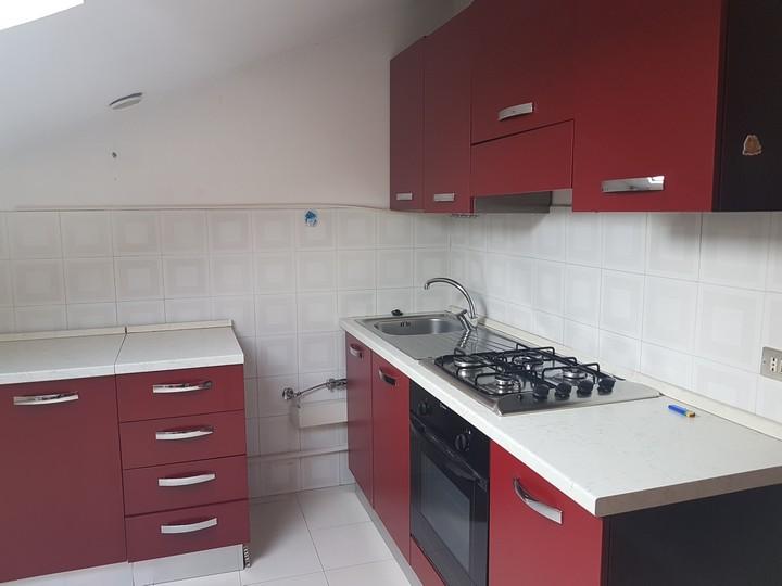 Attico / Mansarda in affitto a Spoltore, 4 locali, zona Località: VillaRaspa, prezzo € 350 | Cambio Casa.it
