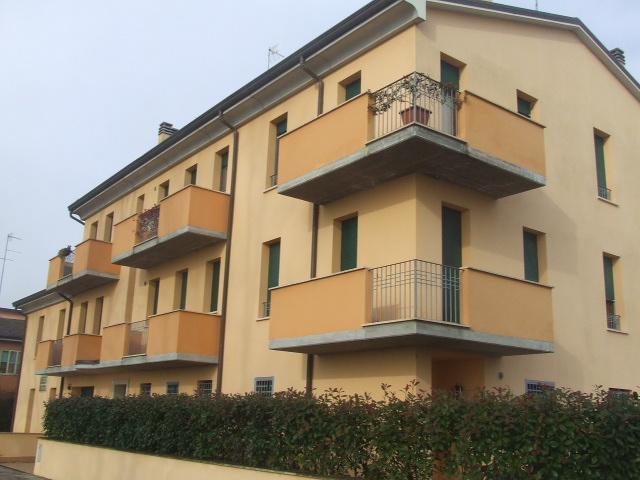 Bilocale Ferrara Via Comacchio 3