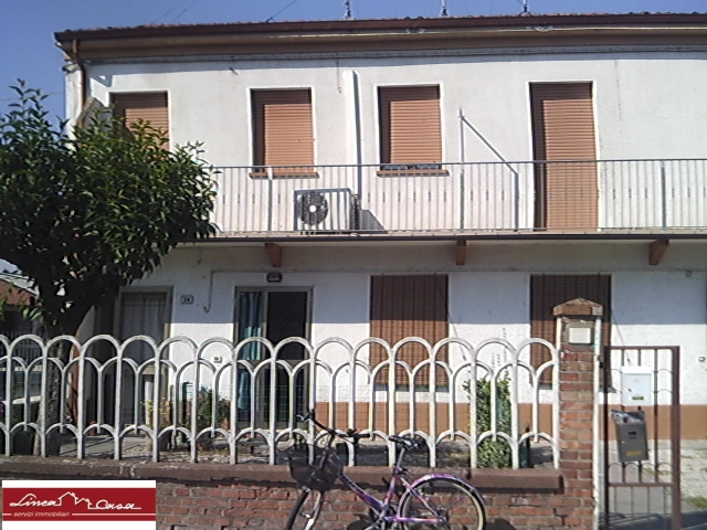 Appartamento in vendita a Portomaggiore, 4 locali, zona Località: Portomaggiore, prezzo € 67.000 | Cambio Casa.it