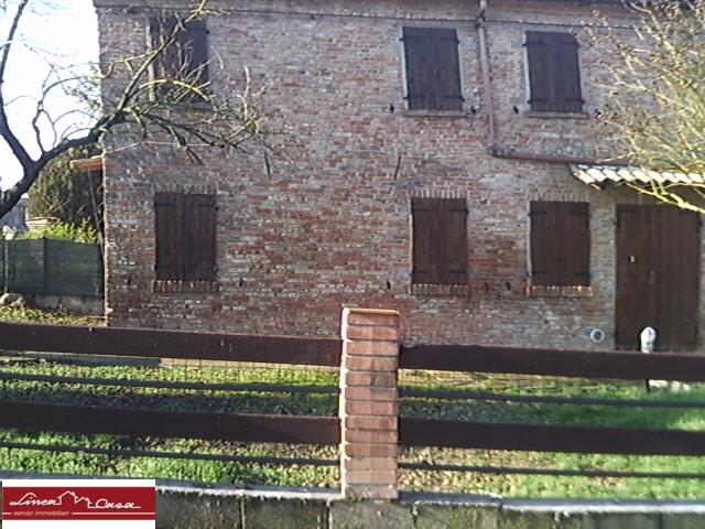 Soluzione Indipendente in affitto a Portomaggiore, 8 locali, zona Zona: Portorotta, prezzo € 430 | Cambio Casa.it