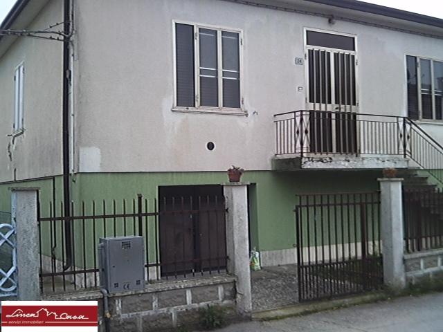 Soluzione Indipendente in vendita a Portomaggiore, 6 locali, zona Zona: Portoverrara, prezzo € 40.000 | Cambio Casa.it