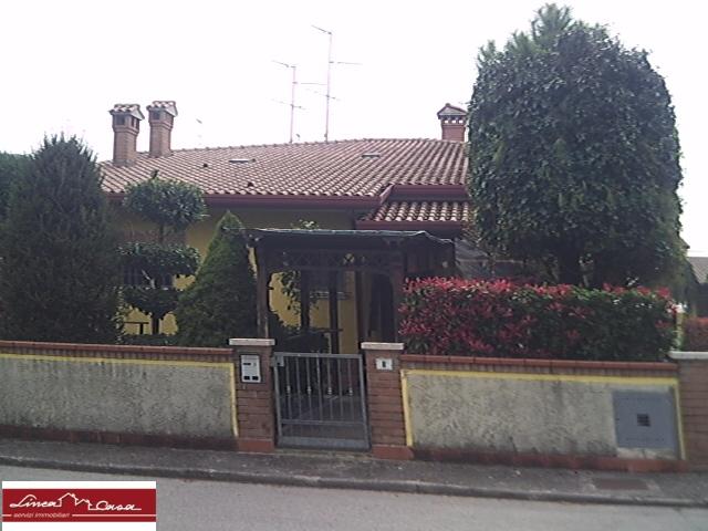 Soluzione Indipendente in vendita a Portomaggiore, 6 locali, zona Zona: Portoverrara, prezzo € 145.000   Cambio Casa.it