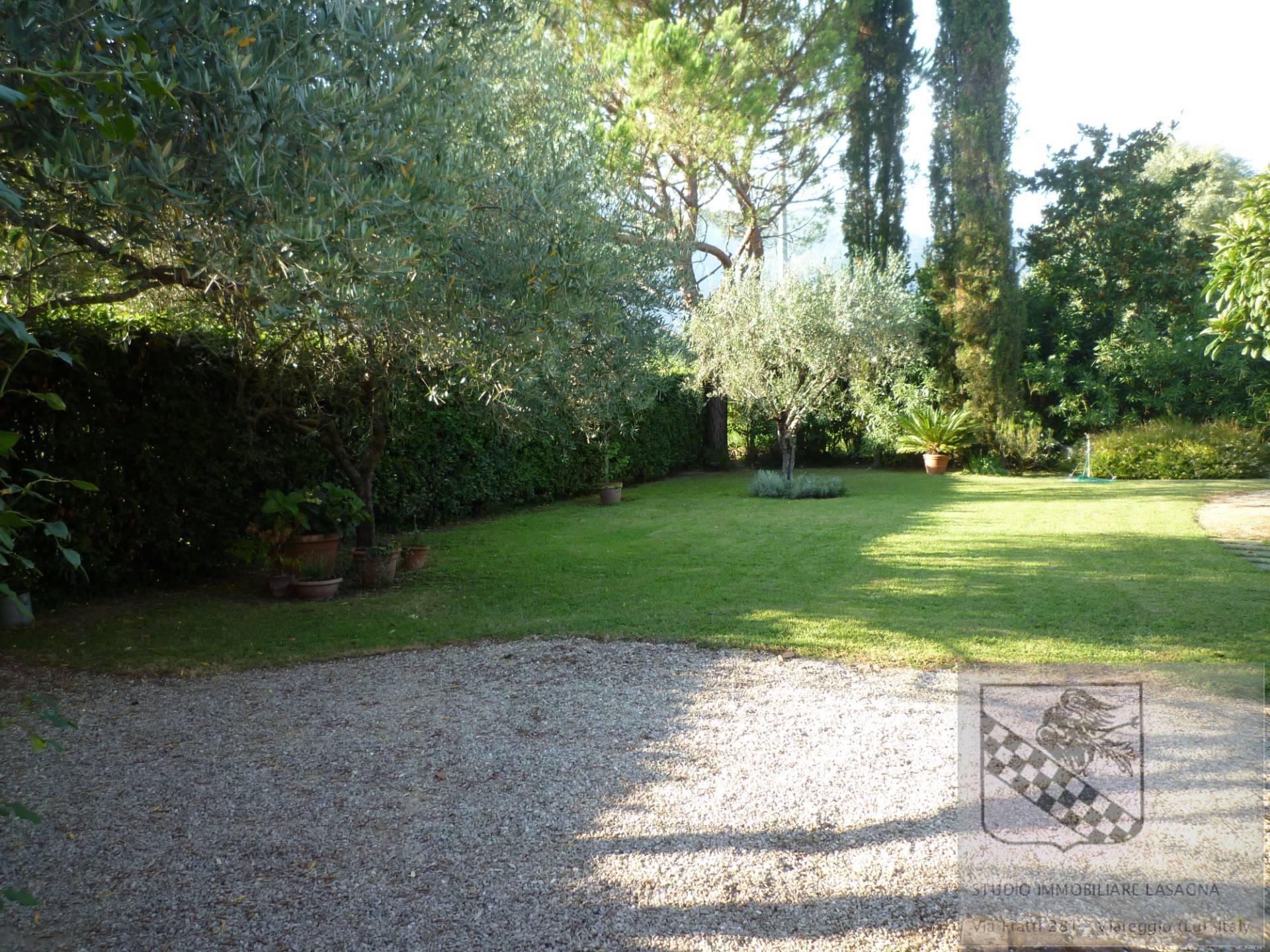 Villa in Vendita a Camaiore: 5 locali, 120 mq - Foto 3