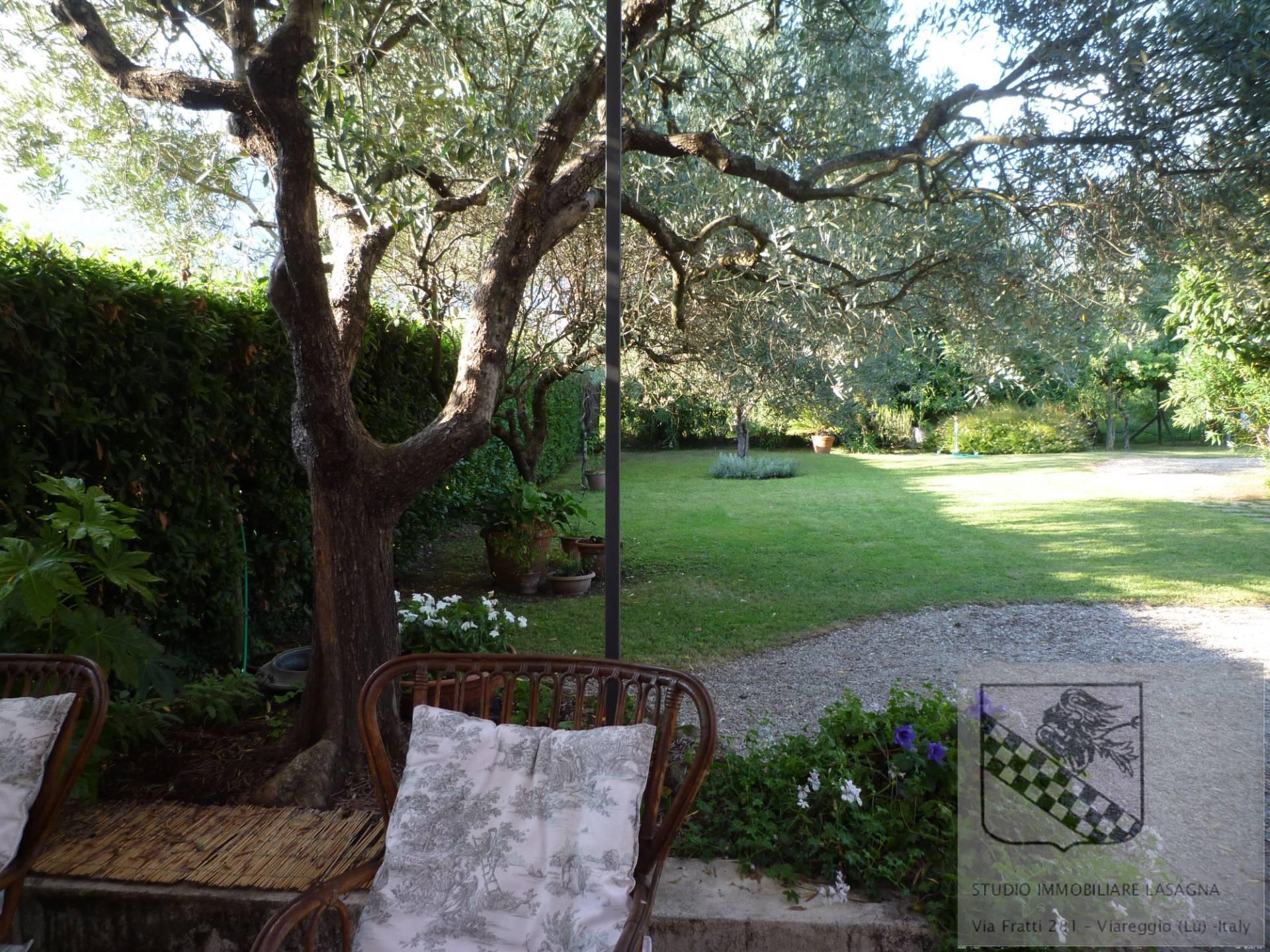 Villa in Vendita a Camaiore: 5 locali, 120 mq - Foto 9